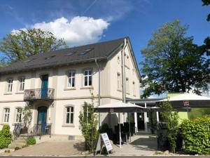 Penzion Pension und Cafe Das Logierhaus Bad Alexandersbad Německo