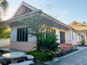 ศรีสุภาวดีรีสอร์ท-Srisupawadee resort, Resorts  Prachuap Khiri Khan - big - 57