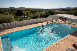 Location gîte, chambres d'hotes Résidence Chiar' Di Luna dans le département Corse du Sud 2a