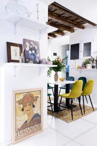 Casa Pietra - abcRoma.com