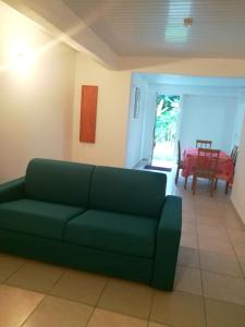 Apartment with one bedroom in Le Gosier with furnished terrace and WiFi 1 km from the beach