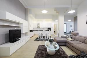 3BR- central cozy 150m2 flat - AbcAlberghi.com