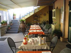 Affittacamere Mariella, Bed and breakfasts  Levanto - big - 21
