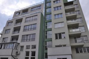 Orpheus Apartments - Wolujak