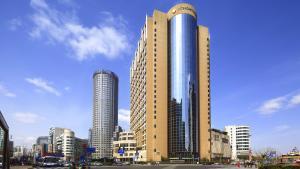 InterContinental Shanghai Pudong, an IHG hotel