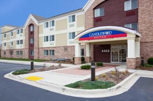 Candlewood Suites Milwaukee Brown Deer, an IHG hotel
