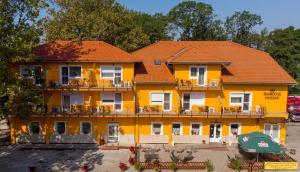 Apartmán Korona Panzió Csokonyavisonta Maďarsko