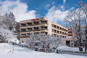 Samedan Hotels
