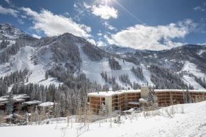 The Lodge at Snowbird - Hotel - Alta