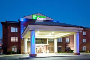 Holiday Inn Express & Suites Shelbyville, an IHG Hotel