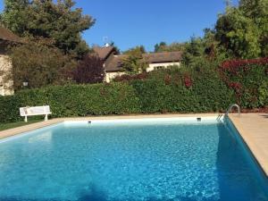 Angel Services - Le parc des Charmilles - Hotel - Menthon-Saint-Bernard