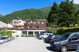 Residence Lenno - AbcAlberghi.com