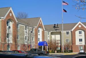 Candlewood Suites Washington-Fairfax, an IHG Hotel