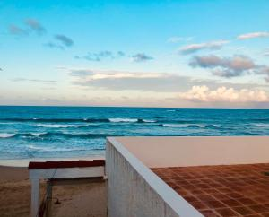 Cabarete Beachfront Apartment, Cabarete