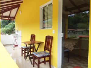 Casa em Ilhabela - Chalé I - Canário