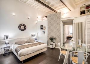 Trastevere Miracle Suite - abcRoma.com