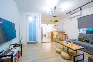 【Guang Jiao.Yi】City Apartment, Apartments  Guangzhou - big - 24