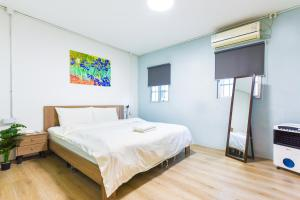 【Guang Jiao.Yi】City Apartment, Apartmanok  Kuangcsou - big - 25