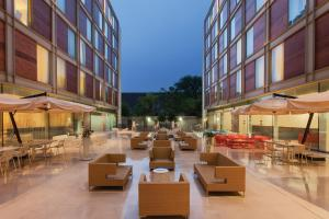 DoubleTree By Hilton Milan, Отели  Милан - big - 26