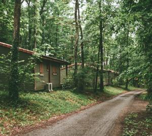 Location gîte, chambres d'hotes Terres de France - Les Hameaux des Lacs dans le département Tarn et Garonne 82