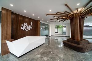 iRest Apartment Vinh Yen