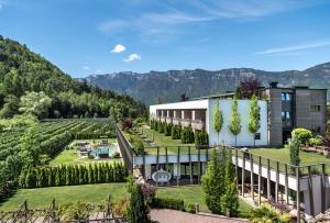 Gartenhotel Moser - Hotel - Appiano sulla Strada del Vino