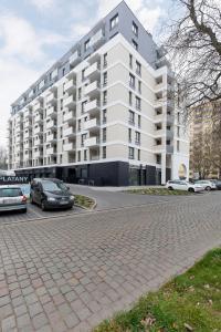 Apartamenty Platany Łopuskiego by Renters