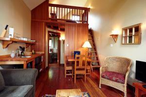 Middle Beach Lodge, Chaty v prírode  Tofino - big - 30