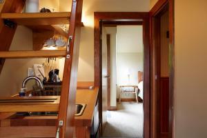 Middle Beach Lodge, Chaty v prírode  Tofino - big - 29