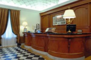 Hotel Giulio Cesare, Отели  Рим - big - 75