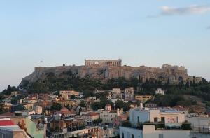 Stylish Apartment Acropolis view