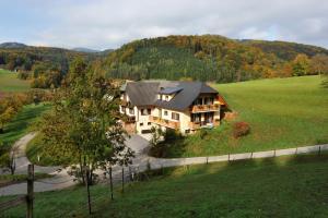 Gasthaus - Gästehaus Schusterbauer - Gratwein