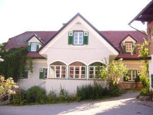 Hirschenhof