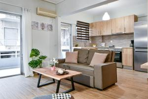 Comfy Home next to metro