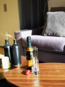 Piz Mezdi 15 - Apartment - St. Moritz