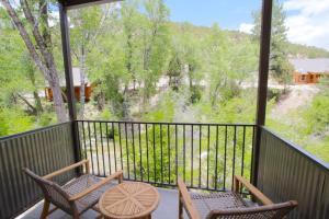 Mount Princeton Hot Springs Resort - Hotel - Buena Vista