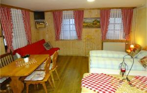 Beautiful apartment in Begunje na Gorenjskem w/ WiFi and 1 Bedrooms