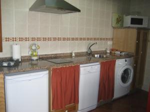 Apartamentos Rurales Romallande, Venkovské domy  Puerto de Vega - big - 10