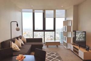 Melbourne CBD Apartment with Luxury Private Facilities