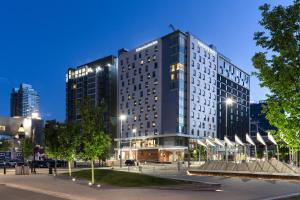 Hilton Garden Inn Calgary Downtown