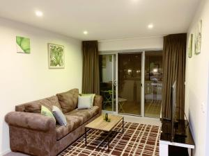 Tranquil, Relaxing Forrest Style Apartment - Braddon CBD