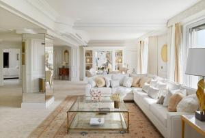 Four Seasons Hotel George V Paris (27 of 69)