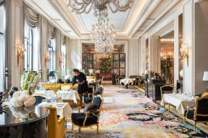 Four Seasons Hotel George V Paris (8 of 100)