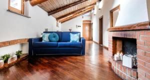 ALTIDO Big Wooden Apartment for 6 near Milano Cent - AbcAlberghi.com