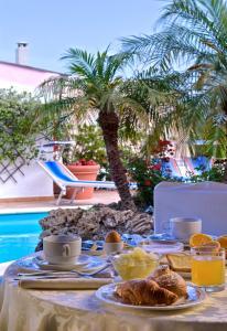 Hotel Carlo Magno - AbcAlberghi.com