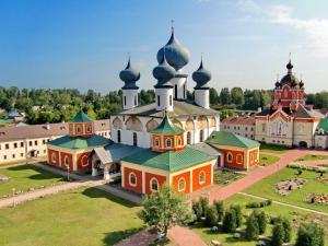Отель Свирь