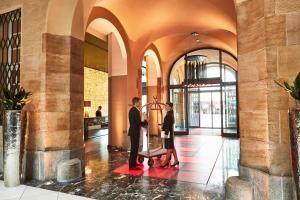 Steigenberger Grandhotel Handelshof (5 of 49)
