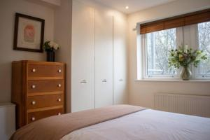 Warm 1 Bedroom Apartment with Balcony, Appartamenti  Londra - big - 13