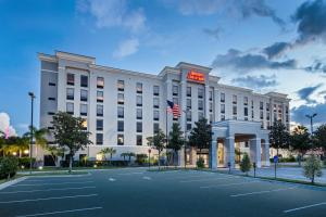 Hampton Inn & Suites Orlando International Drive North