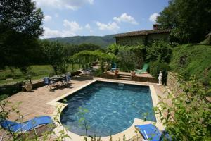 Col di Morro Villa Sleeps 8 Pool WiFi